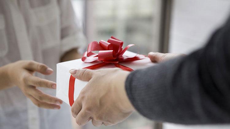 Vorteilsnahme Im Amt Welche Geschenke Dürfen Lehrer