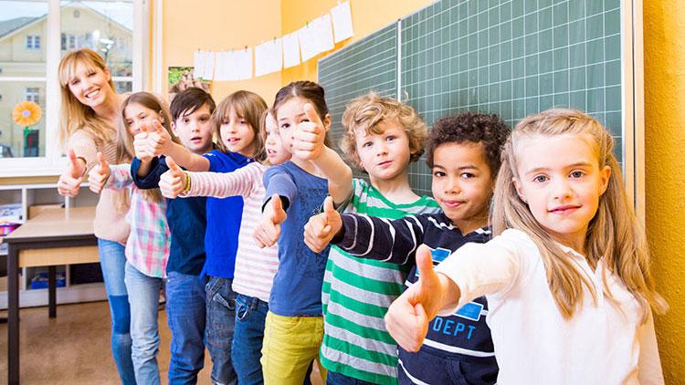 Klasse mit Lehrerin